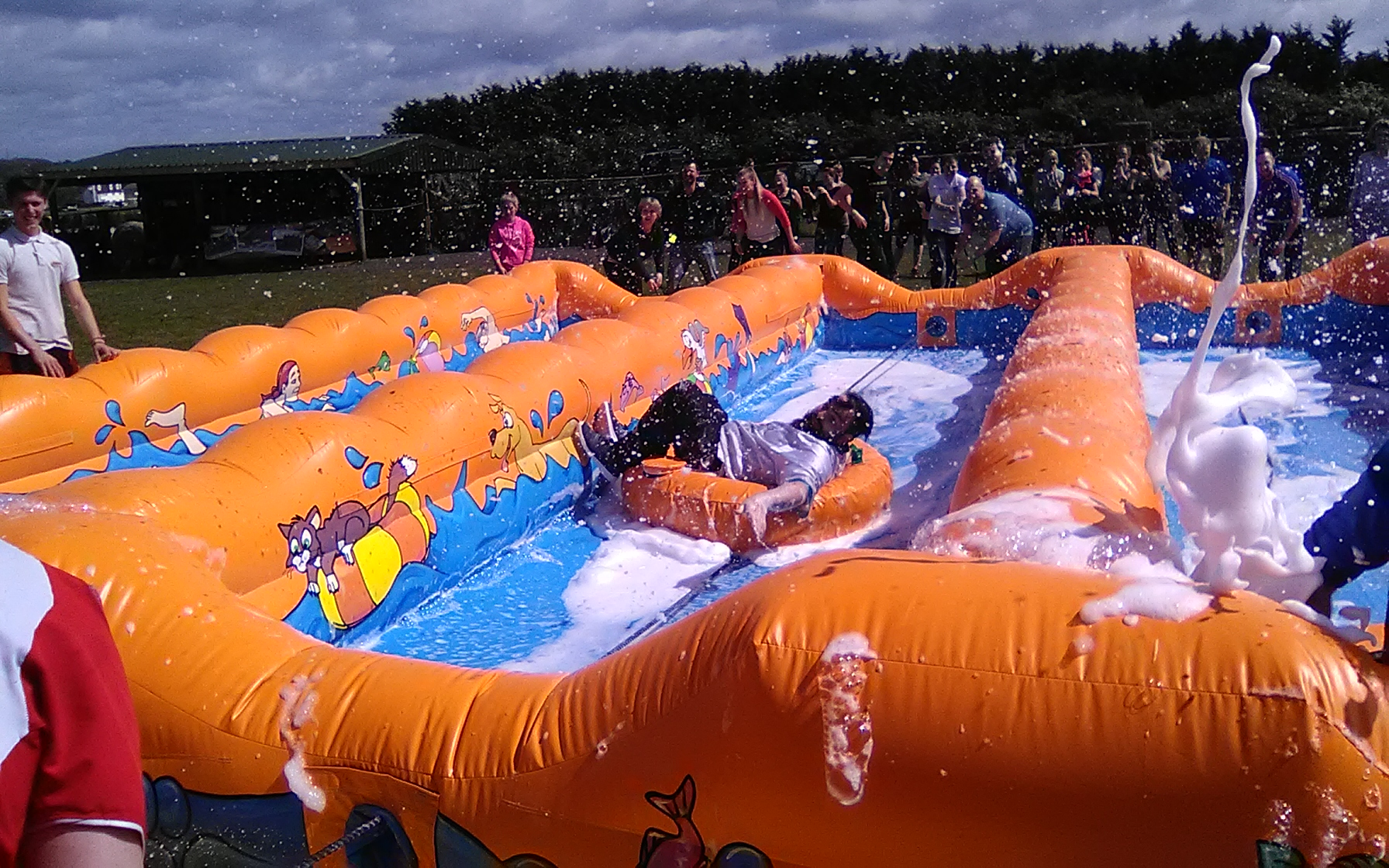 Ride on our ' All hands on deck ' in an awsome relay race , full of foam and fun !